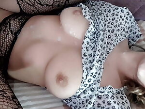 fucked a cutie in a skirt added to came on her pussy