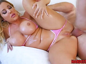 anal sex be fitting of a blonde girl with broad in the beam booty